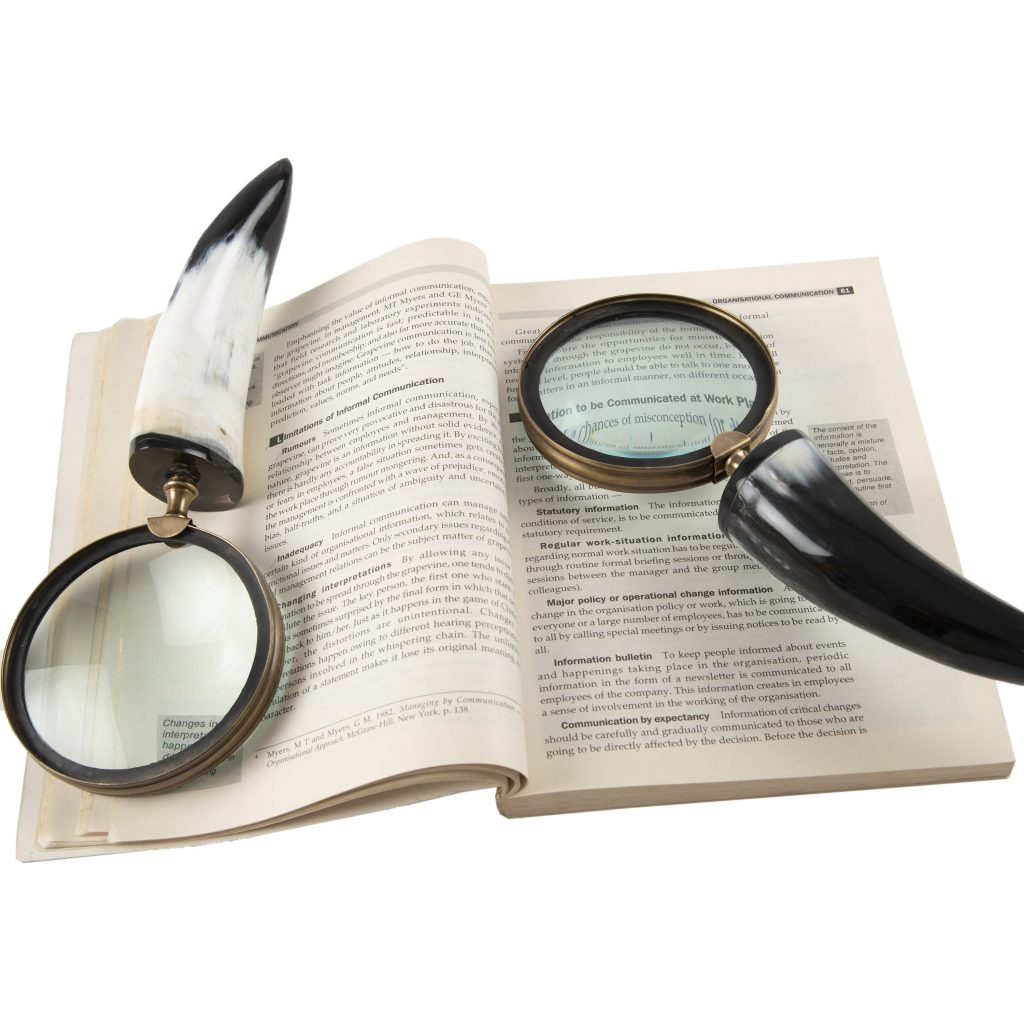 Magnifier Lens for Reading Map Jewelry with Unique Resin Handle (Dimension-9.75x4x1.50 Inches)(Weight-250.2gram) (Design5)